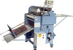 Машины для флексографии на картоне, картонных коробок, бумаге и бумажных пакетов